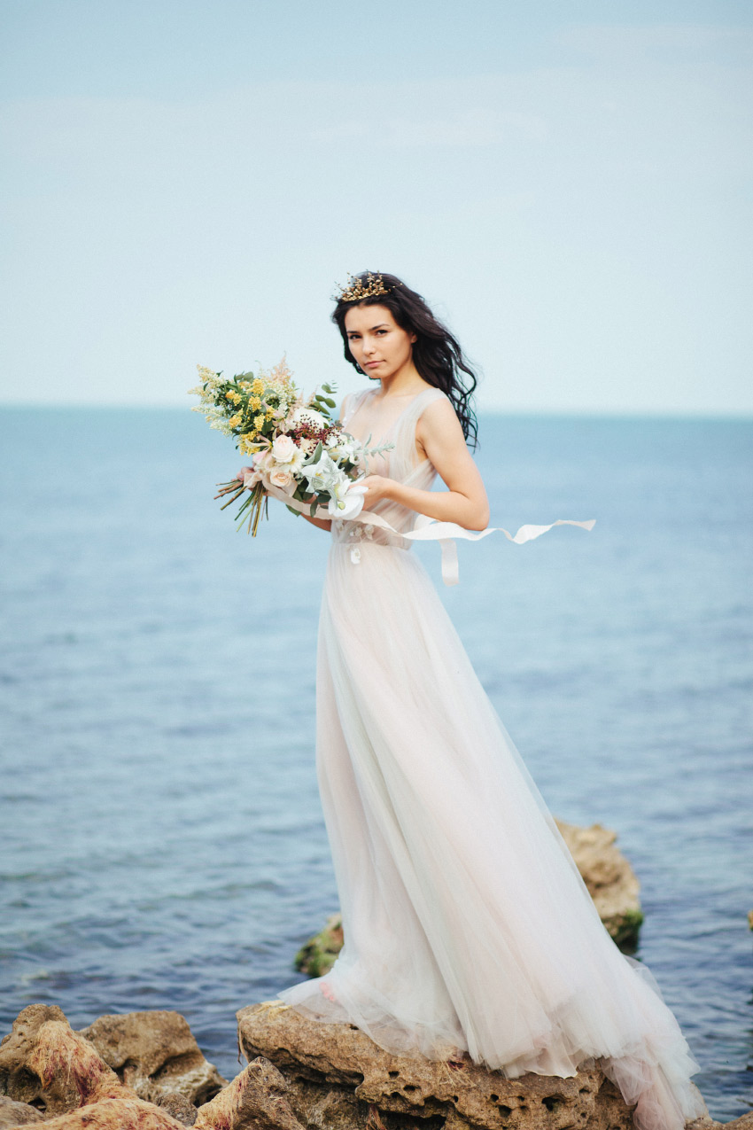 Bridal beach styled session
