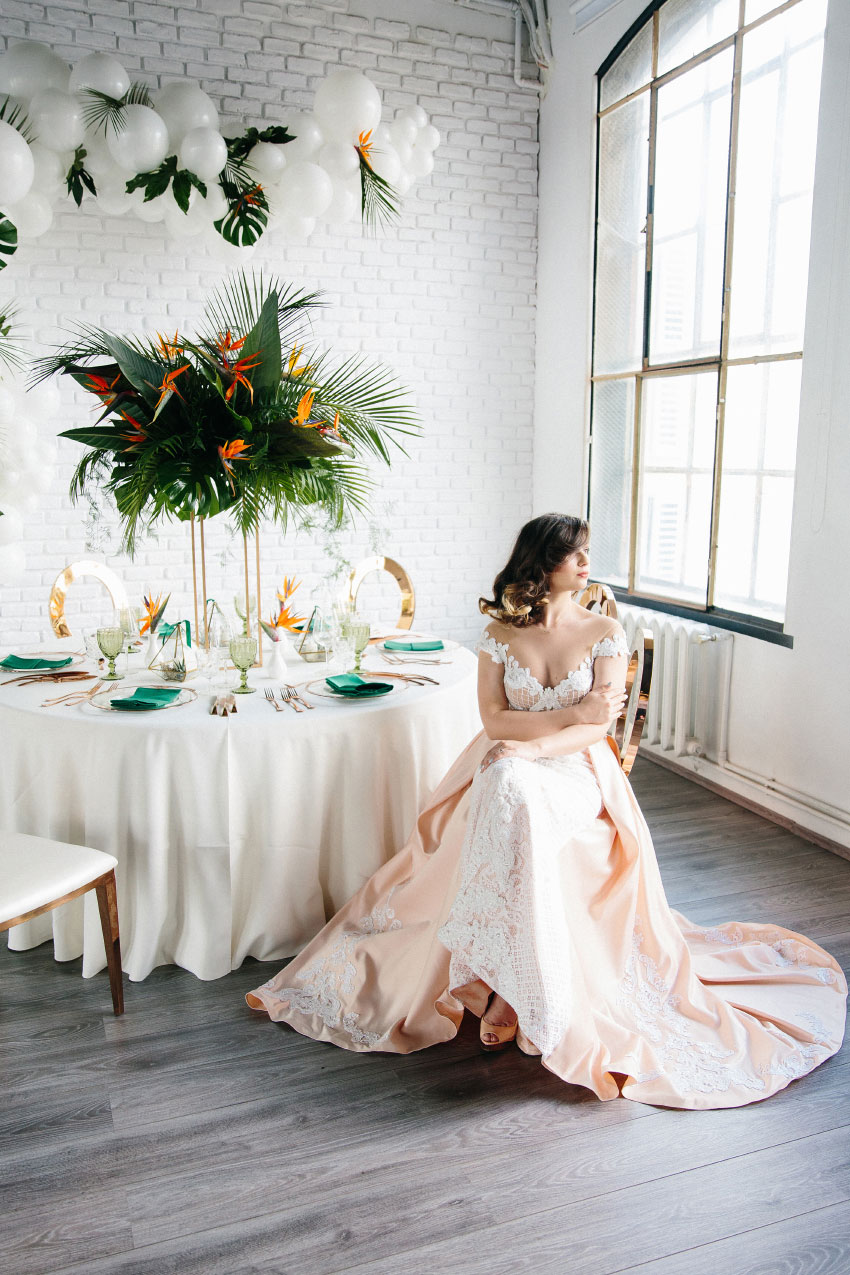 Tropical Inspired Wedding - Styled Shoots